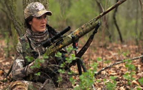 Melissa Bachman hunting