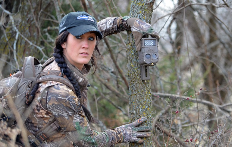 What trail camera is best for your setup? IR, Flash, or Black ...
