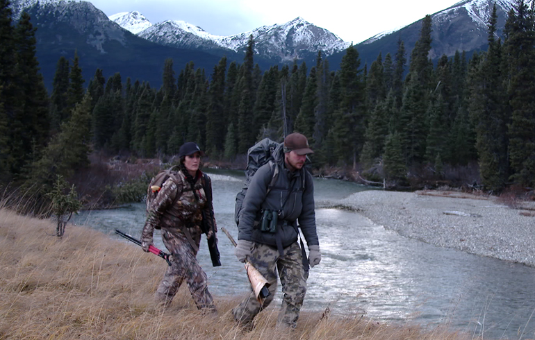 guide_and_melissa_hunting_near_river