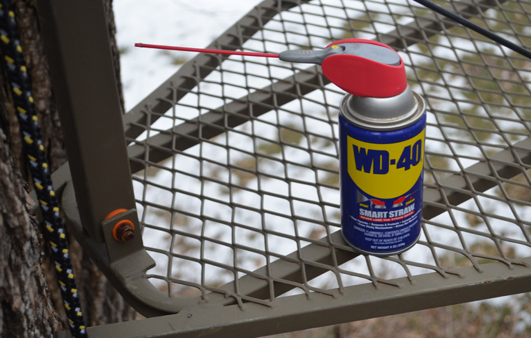 WD_40_wide_shot